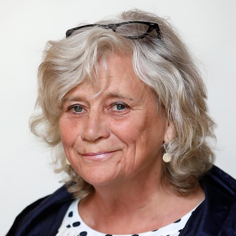 Porträttbild på Margareta Winberg